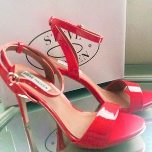 Steve Madden Red Patent Leather open toe heels